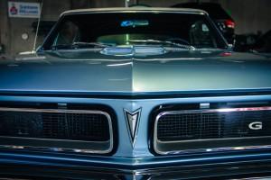classic-car-restoration-min